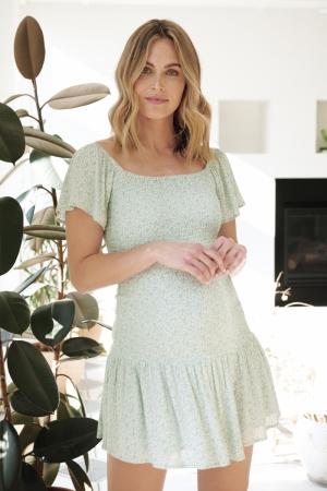 BETSIE SHIRRED DRESS PISTACHIO/WHITE